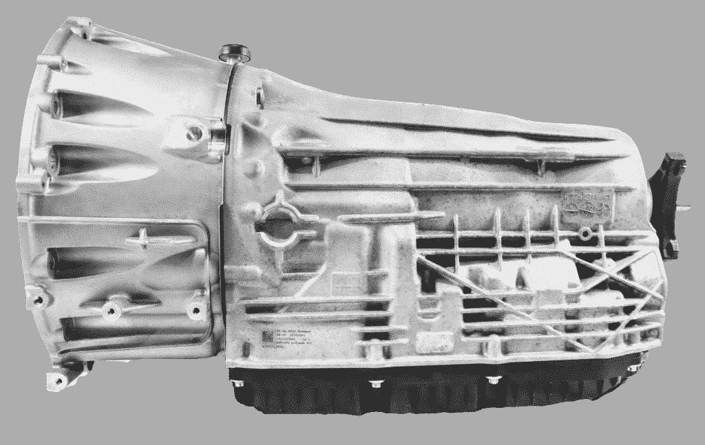 Rechtsansicht eines Automatik Getriebes von Mercedes | ATT24
